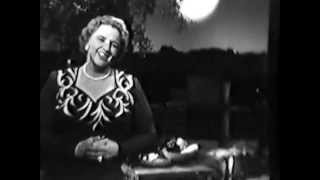 Kate Smith: When the Moon Comes Over the Mountain