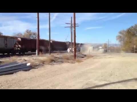 Camión cisterna es arrollado por un tren en Utah