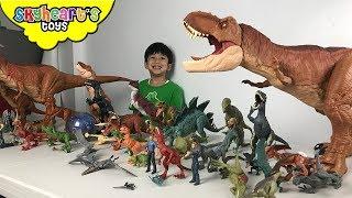 Jurassic World DINOSAUR TOYS | Skyheart plays with small dinosaurs for kids owen blue trex