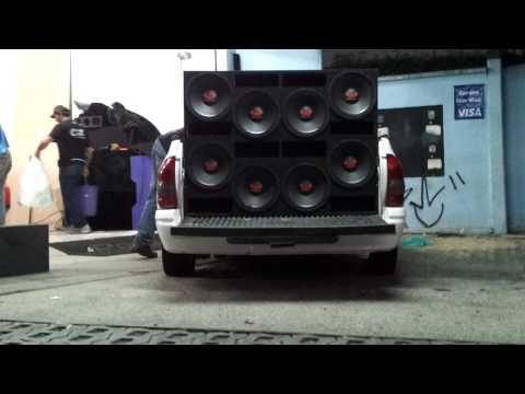 Baixar 8 ultravox de 550 rms na taramps 10k high voltagem testes !!! batendo forte by prime sound car