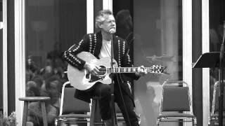 Randy Travis - Diggin Up Bones (Acoustic) [HD] 2013