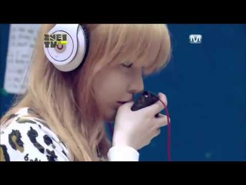 2NE1 talent showcase Live singing of UGLY  And Park Bom Nolz