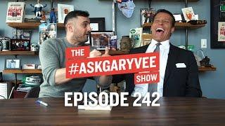 Tony Robbins, Unshakeable, Gratitude & Focusing on Your Steak | #AskGaryVee 242