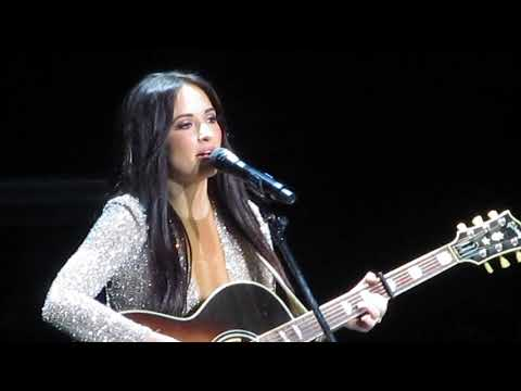 kacey musgraves - merry go 'round (live in glasgow, scotland)