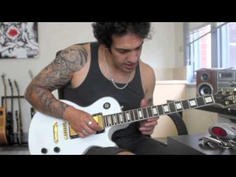 Baixar How to play 'Anastasia'  by Slash Guitar Solo Lesson