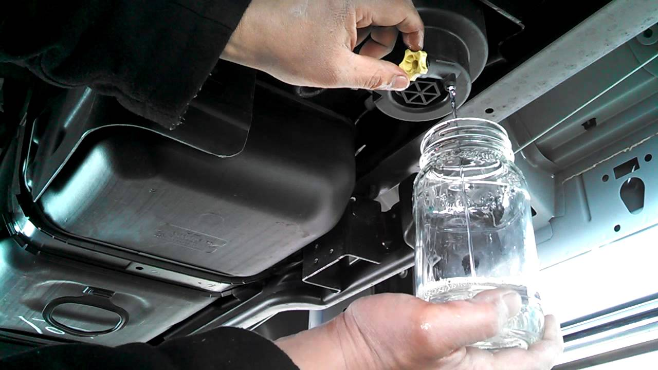 2012 f250 fuel filter housing 2012 ford f250 6.7 liter super duty draining my fuel ... ford f 250 fuel filter housing