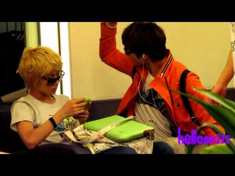 110910 SHINee @ Singapore Changi International Airport