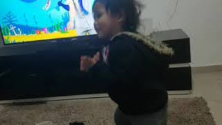 Baby shark dance by avigail(started dancing 19 feb)