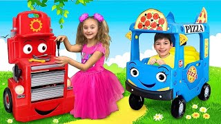 Sasha and Max pretend play Pizza Delivery & Change professions with new Toys