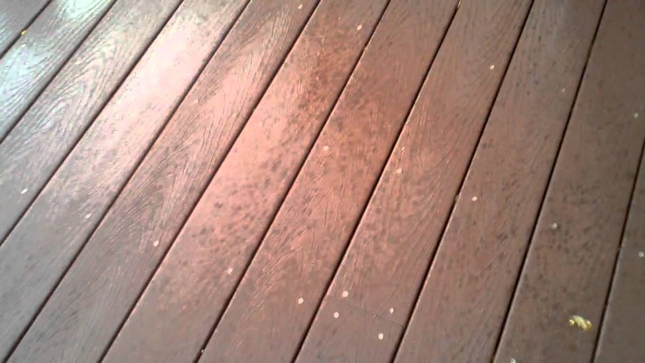 My 2 Year Trex Deck With Mold All Over It Youtube