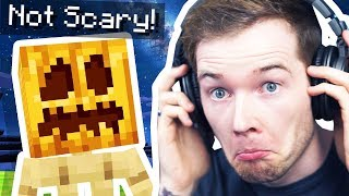 Playing a Not So Scary Minecraft HORROR Map!