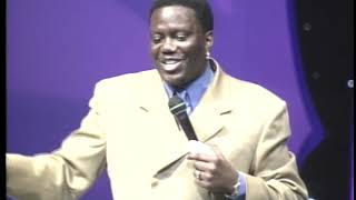 """Bernie Mac """"Smell It"""" Kings of Comedy Tour (c) Latham Entertainment, Inc. All Rights Reserved"""