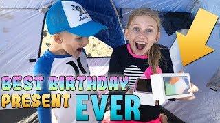 BEST BIRTHDAY GIFT EVER! Alyssa's Family Birthday Party