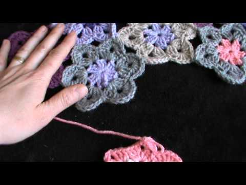 Piastrella alluncinetto con fiore in rilievo tutorial parte 3