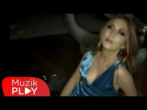 Nil Özalp - Acıkolik (Official Video)
