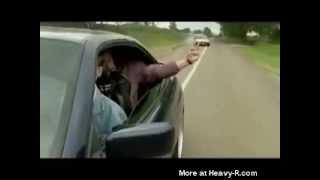 איך לגרום לנהג לחוץ שמנסה לעקוף..