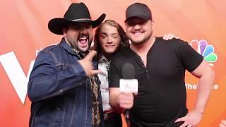 The Voice: Team Blake REVEALS Blake Shelton's AWKWARD Habit 😂