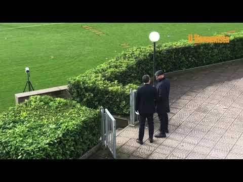 VIDEO - Trigoria: Mhkitaryan in gruppo, Spinazzola scivola e se la prende con il campo