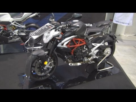 MV Agusta Brutale 800 (2016) Exterior and Interior in 3D