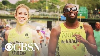 Blind runner finds love with sighted marathon trainer