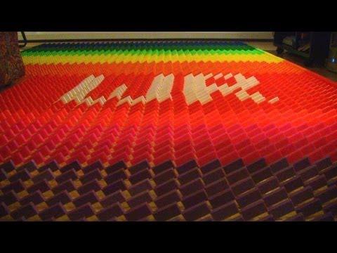 Domino Rally 16 (WORLD RECORD Sonimod Field!!!!!!!!!!!!) Former record...