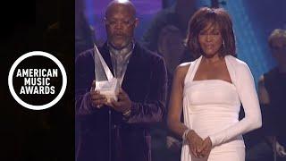 Whitney Houston Receives the International Artist Award - AMA 2009