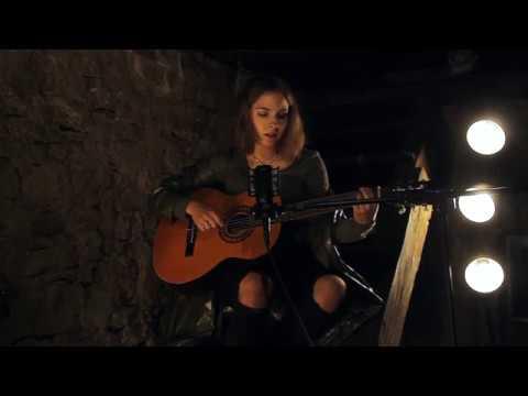 Deep Green - Marika Hackman (cover) | Tereza Biezaite