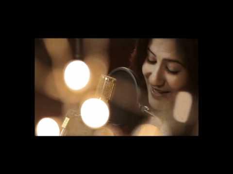 Valentine song 2012 - Aaraanu Nee -- Thiruvambady Thamban Melodious Love Song