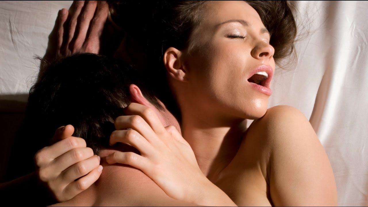 kak-peredat-seksualnoe-vlechenie-po-foto-blonda-privyazana-k-lavke-nakormili-ldom