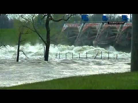 Evacuations urged in Michigan due to flooding