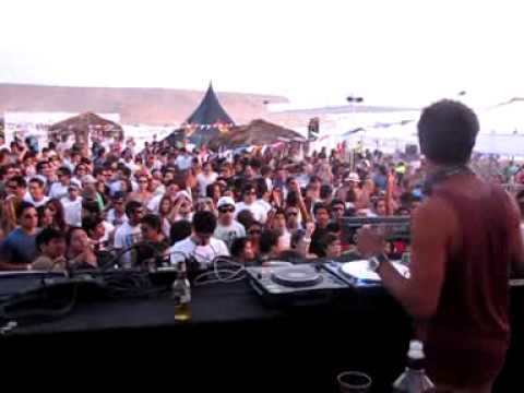 JAMIE JONES REBEL RAVE - ASIA