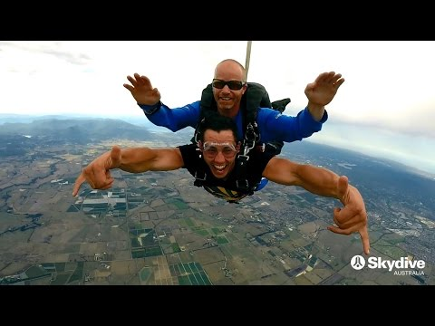 video Yarra Valley 15,000ft Tandem Skydive (Weekday)