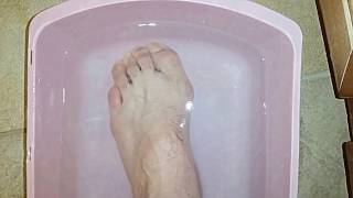Relieve Foot Pain With Epsom Salt Foot Bath