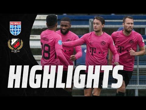 HIGHLIGHTS | FC Utrecht remiseert met twee debutanten tegen PEC Zwolle