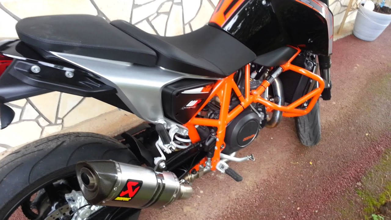 ktm 690 duke 4 akrapovic bypass fresco youtube. Black Bedroom Furniture Sets. Home Design Ideas