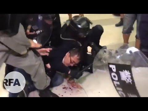 7.27元朗散步 | 警察衝進元朗地鐵站驅散示威者