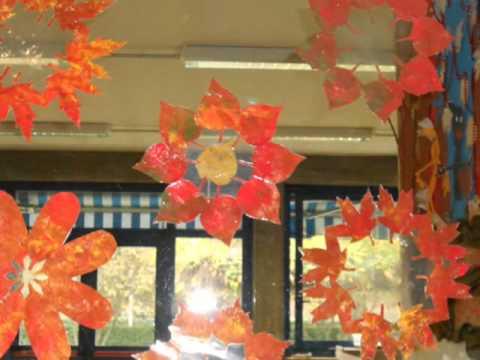 Castagnata e lavoretti autunno 2011 youtube for Addobbi finestre natale scuola infanzia