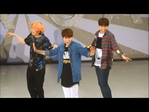 Super Junior - Random Play Dance Live!