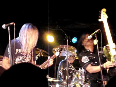 05/14/10 Ratt @ Medina, MN (Lack Of Communication-Take A Big Bite)