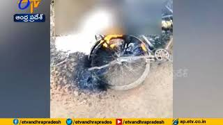 High Tension Wire Falls on Cyclist : Man Burned Alive..