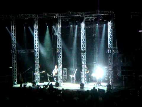 ДДТ - Вступление; Ветер. (Арена Рига 19.10.2010)