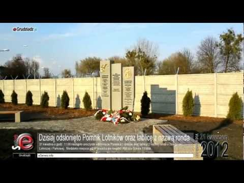 21.04.12 Odsłonięcie Pomnika Lotników oraz tablicy z nazwą ronda