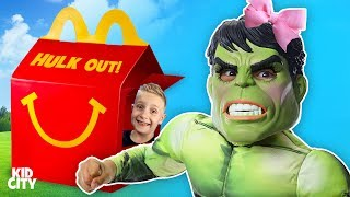 McDonald's Happy Meal Hulk Out Pretend Play & Drive Thru Prank / Kids