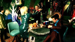 Green Day - Holiday [Official Music Video]