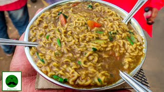 Sabse Tasty Maggi in Ahmedabad || Indian Street Food Series