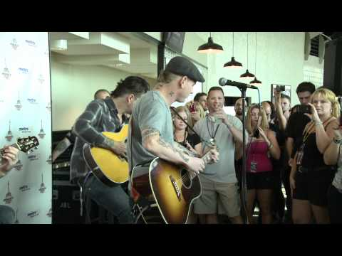 Stone Sour Acoustic Performance at 98 RockFest - Miracles