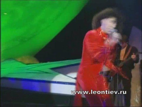 Валерий Леонтьев  Человек дождя (Площадь звезд 1998)