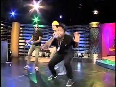 El Moreno de Oro feat Limbico y Babasito (Kenny Grullon) - El Dembow de Babasito (Video)
