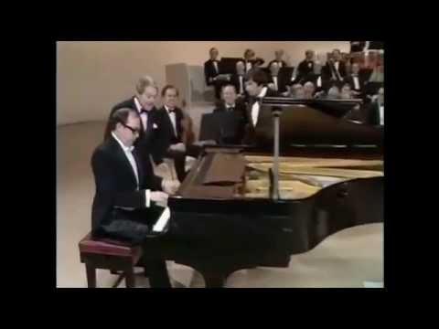 Шоуто на Моркамб и Уайз с гост Андре Превин