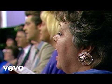 Bill & Gloria Gaither - I'll Meet You in the Morning (Live)